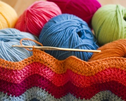 Send yarn, needles and hooks to the women at the Harmanli refugee camp