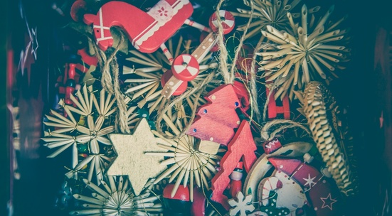 Make Christmas decorations in support of children with special needs
