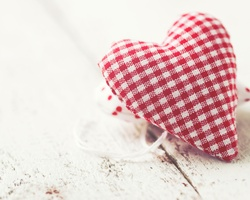 Make Valentine's Day ornaments in support of children with special needs