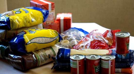 donate food hygiene products and school supplies to children and families in need