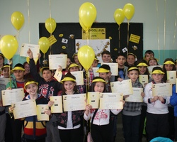 Help to prepare gift packs for the Bulgarian National English Spelling Bee