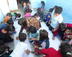 Organise weekly activities for asylum seeker and migrant children and adults